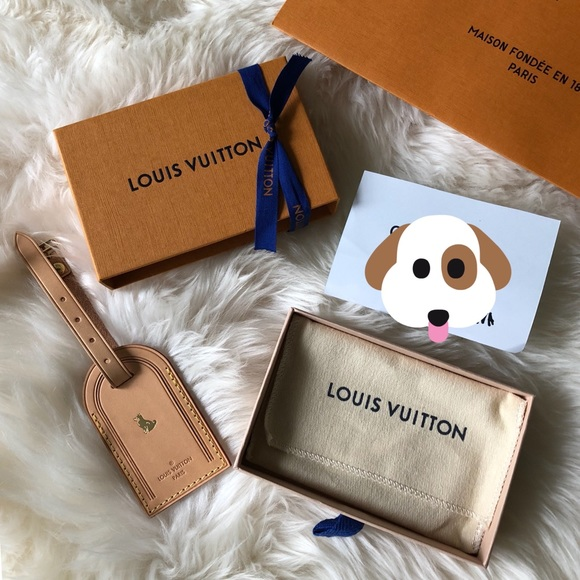 518d0c398cf1 Louis Vuitton Accessories - 💯 New Authentic Louis Vuitton large luggage tag